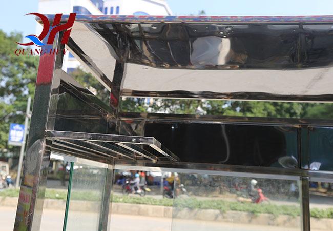 Khung xe được làm từ inox 304 chống han gỉ tốt