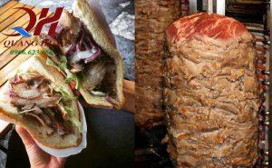 Thịt nướng món bánh mì Thổ Nhĩ Kỳ đặc trưng