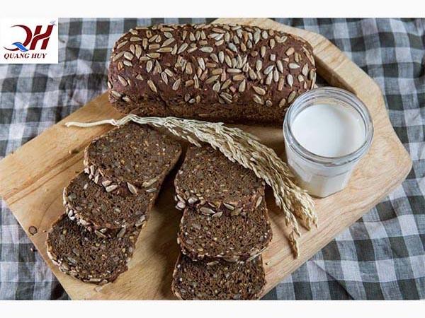 Bánh mì đen giảm cân mua ở đâu
