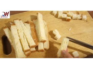 Cách làm vụn bánh mì