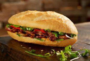 Như vậy, một chiếc bánh mì kẹp thịt thổ nhĩ kỳ đã sẵn sàng rồi