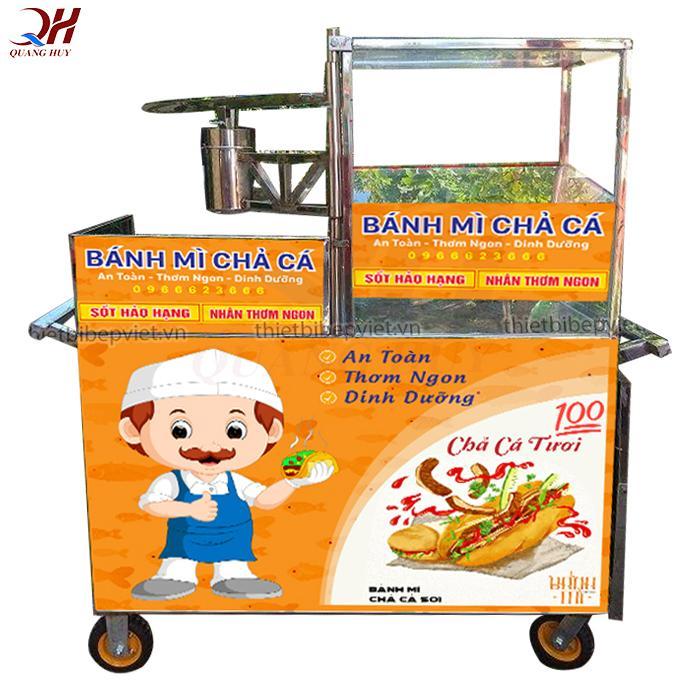 Xe bánh mì chả cá với thiết kế đơn giản giá rẻ tại Quang Huy