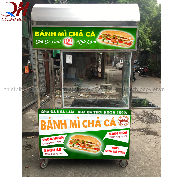 Xe bánh mì chả cá 1m2 mẫu mới năm 2020 của Quang Huy