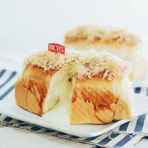 Món bánh mì phô mai hấp dẫn