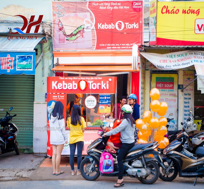 Xe bánh mì tokki phù hợp với những hộ kinh doanh vừa và có quy mô