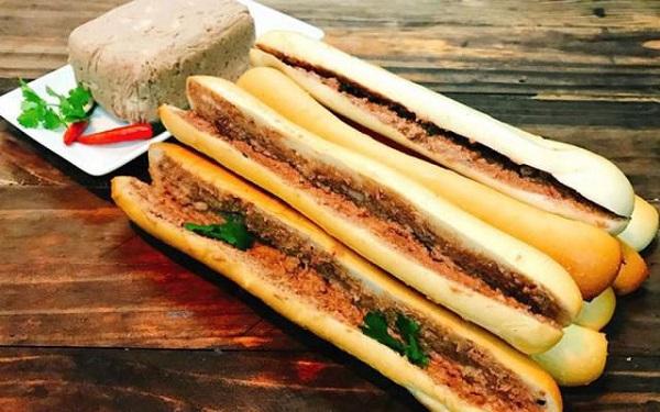 Sản phẩm bánh mì que nhìn rất ngon miệng