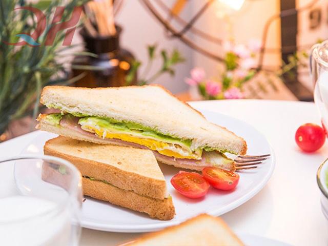 Đôi nét về món bánh mì Sandwich