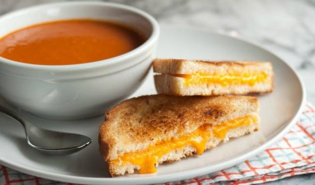 Cách chế biến bánh mì Sandwich kẹp phô mai