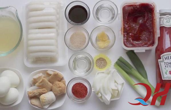 Nguyên liệu cần thiết để làm bánh gạo cay Hàn Quốc