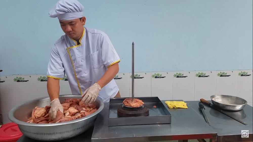 Công đoạn tẩm ướp gia vị, bánh mì thịt nướng, cách ướp thịt bán bánh mì, cách ướp thịt nướng bánh mì, cách làm bánh mì thịt nướng, cách ướp thịt nướng bán bánh mì, cách làm bánh mì thịt nướng để bán, cách làm thịt nướng bánh mì, ướp thịt nướng bánh mì, bánh mì kẹp thịt nướng, làm bánh mì thịt nướng, bán bánh mì thịt nướng, thịt nướng bánh mì, thit nuong banh mi