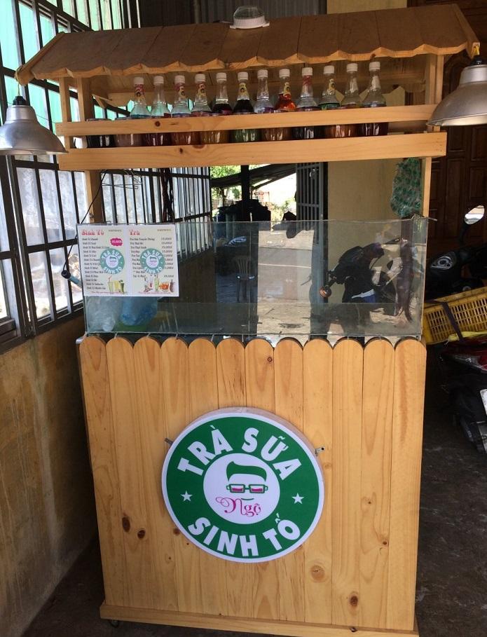 Xe bán trà sữa gỗ