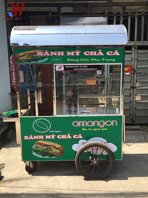 Xe bánh mì chả cá mái cong mẫu mới năm 2020 của Quang Huy