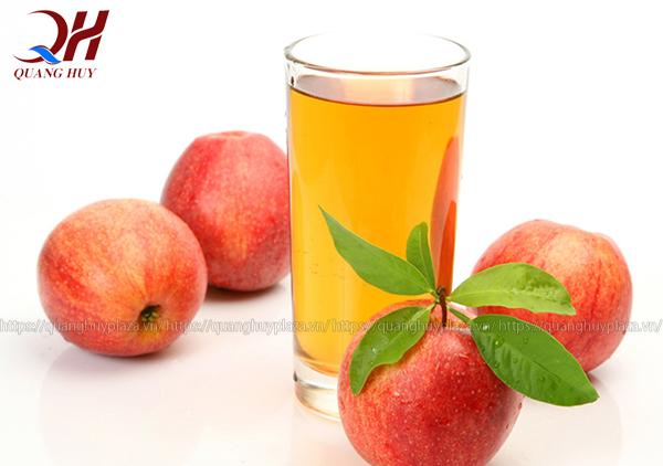 Những cốc nước ép táo mang đến cho bạn sự thanh mát bên trong tươi tắn bên ngoài
