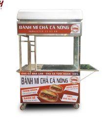 Mẫu xe bánh mì chả cá nóng mới gia công tại Quang Huy