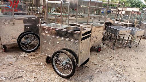 Xe đẩy gà rán cũ được bán tràn lan trên thị trường