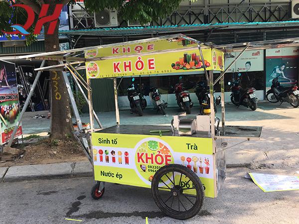 Xe đẩy bán nước ép hoa quả được sản xuất và phân phối bởi Quang Huy