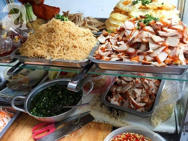 Tủ kính trưng bày thực phẩm đảm bảo vệ sinh
