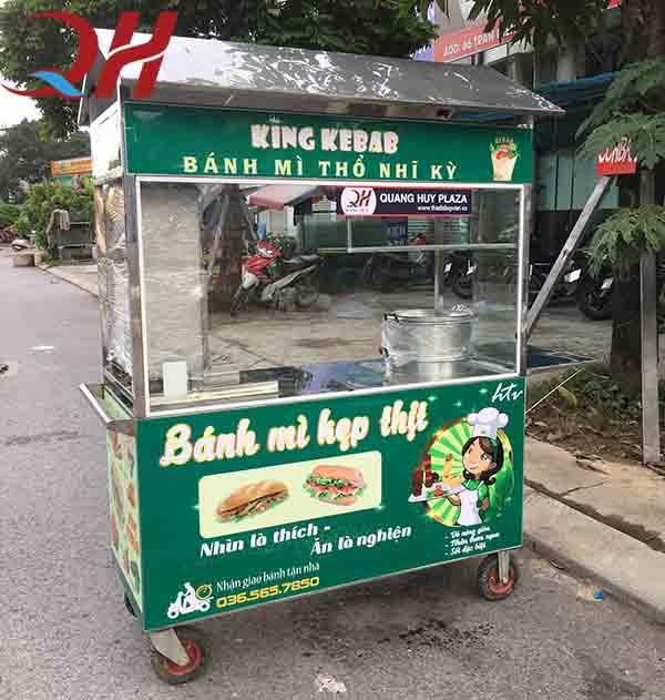 xe đẩy bán bánh mì Hà Nội
