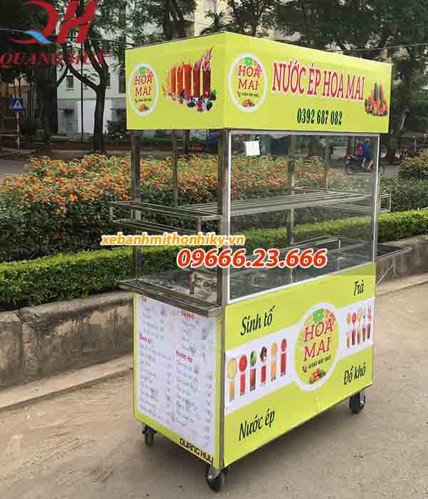 Xe bán nước ép trái cây Quang Huy luôn có thiết kế decal bắt mắt